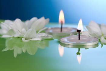 Floating tea lights and flowers make a simple but romantic centerpiece.