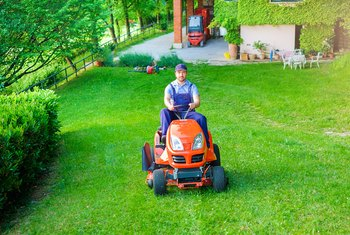 Why Does My Mower Stop Running After 20 Minutes? | Home