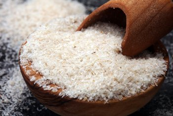 Benefits of Psyllium Husks vs. Psyllium Powder