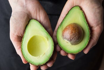 How to Grow an Avocado Pit in Dirt