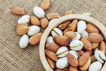 What Are the Benefits of Roasted Salted Almonds?