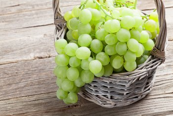Are Green Seedless Grapes Good for You?