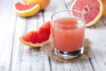 Is Grapefruit Juice the Same as Eating Grapefruit?