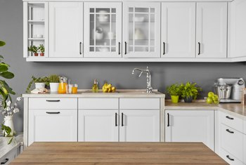 How To Clean White Painted Cabinets That Have Yellowed Home