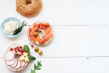 Healthy Alternatives to Put on a Bagel