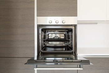 Kenmore self-cleaning oven | lovetoknow.