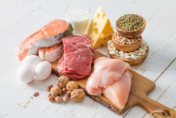 What Is the Main Component of Protein That Differs From Carbs and Fats?