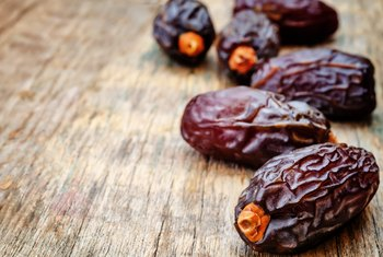 What Are the Health Benefits of Fresh Dates?
