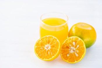 Does Fruit Juice Affect Bowel Problems?   Healthy Eating