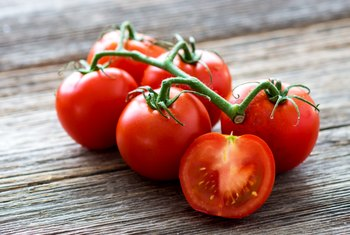 Do Tomatoes Have More Vitamin C Than Oranges?