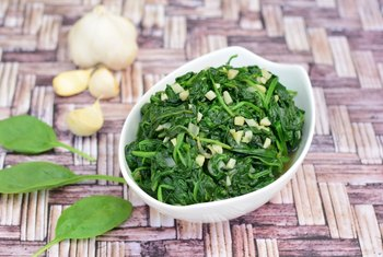 Swiss Chard vs. Spinach Nutrition