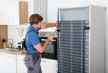 How to Fix a Maytag Fridge's Freezer Leakage
