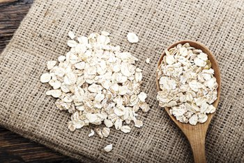 What Are the Benefits of Eating Instant Oatmeal?