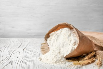 Health Benefits Between Enriched Flour and Whole Wheat Flour