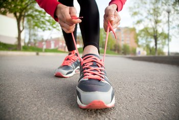 How Far to Walk to Lose 10 Pounds?