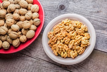 What Kind of Nuts Are Good for the Brain?