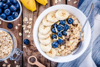 What Are Important Nutrients to Eat at Breakfast?