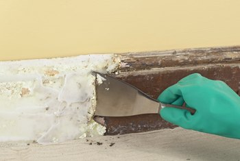 How to Remove Baseboards Without Damaging the Drywall