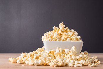What Types of Corn Plants Make Popcorn?