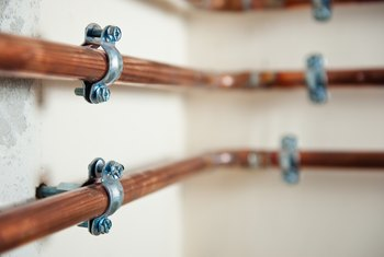 How to Seal Leaks Around Compression Fittings for Copper Water Pipes