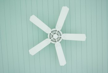 Should You Run An Air Conditioner Ceiling Fan Together
