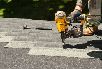 How to Install Felt Underlayment for a New Roof