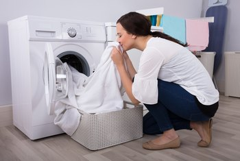 How to Troubleshoot the Thermal Fuse of a Whirlpool Dryer