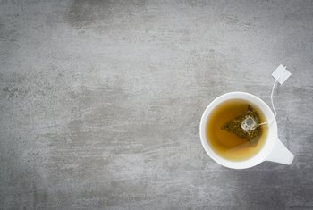 What Are the Health Benefits of Decaffinated Tea?