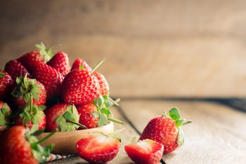 How to Harvest Strawberry Seeds