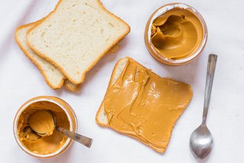 What Is a Healthy Serving Size of Peanut Butter?