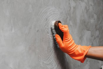 How to Get Rid of Soot Marks on Walls