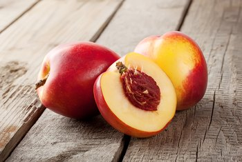 How Many Carbohydrates Are in a Nectarine?