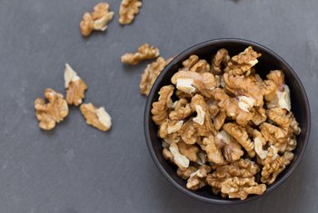 Does Eating Walnuts Lower Blood Sugar?