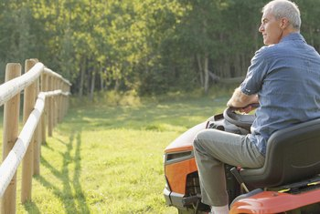 How Many Quarts of Oil Are Needed in a Riding Mower?