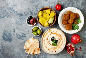Is Hummus or Baba Ganoush Healthier?