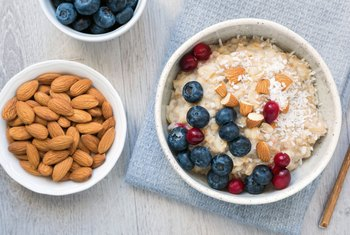 Healthy Breakfast Foods That Give You Energy & Make You Feel Happy