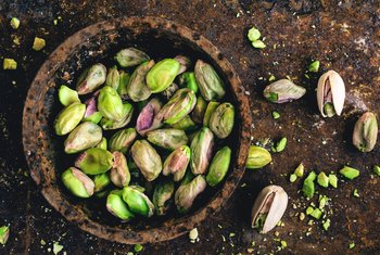 What Climate Will a Pistachio Tree Grow In?