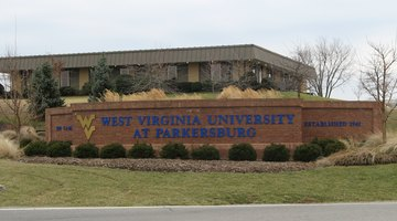 Entrance to WVU Parkersburg.