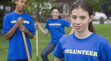 Clubs that encourage volunteer work look impressive on a college application.