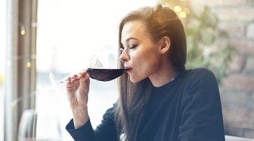 Lo que le hace a tu cerebro una sola copa de vino