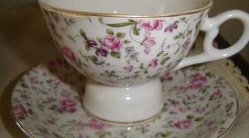 Porcelain cups and saucers were favoured by European high society.
