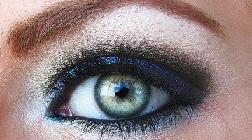 Métodos para eliminar los tatuajes de cejas