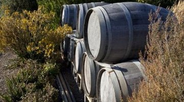 How to Seal Wooden Water Barrels