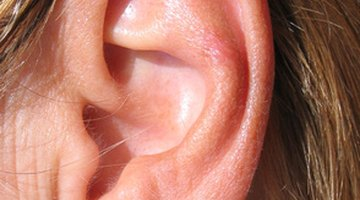 How to Dissolve an Ear Wax Plug