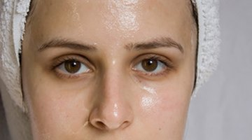 Do not cover your skin after you've applied Finacea.