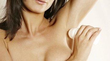 ¿Cuáles son las causas del olor metálico en el cuerpo?