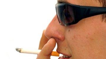 ¿Cómo afectan el alcohol y los cigarrillos a una cirugía?