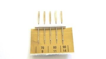 Use a 70/10 SUK ballpoint sewing machine needle.
