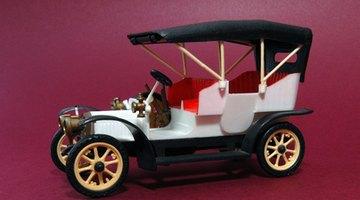 Model T Fords had no windows.