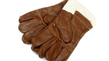 Wear heat-resistant gloves.